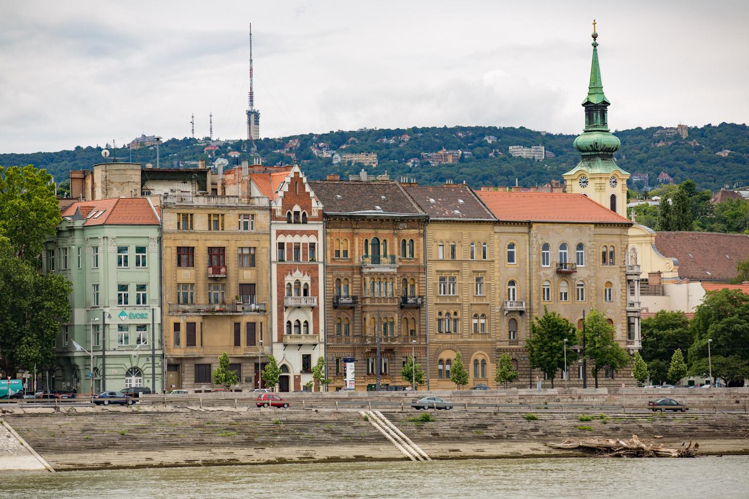 Pest, aan de linkerkant van de Donau